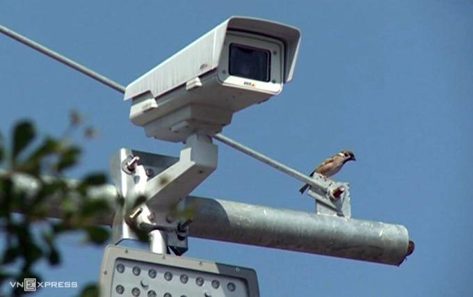 camera-phat-nguoi-lap-dat-tren-cao-toc
